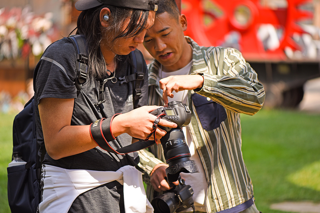 2021年4月9号摄影班学员户外拍摄花絮 专业知识 摄影培训 外拍活动  第9张