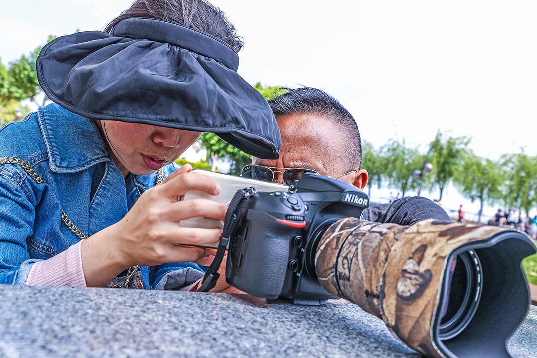 2021年4月19号摄影班学员室外拍摄花絮 专业知识 摄影培训 外拍活动  第4张