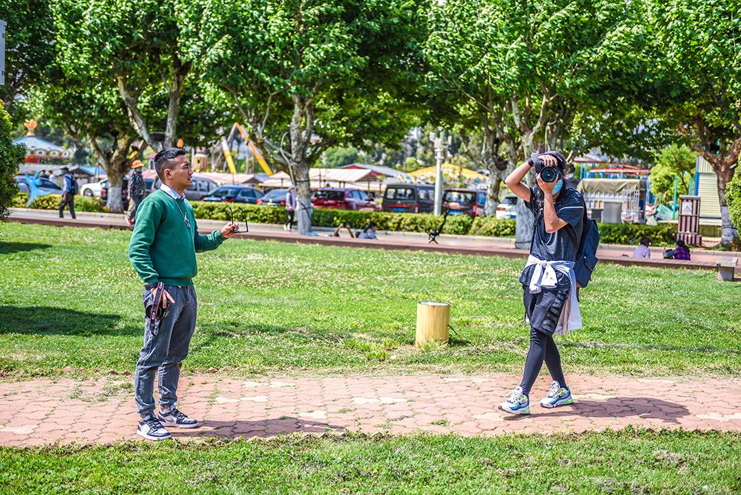 2021年4月19号摄影班学员室外拍摄花絮 专业知识 摄影培训 外拍活动  第11张