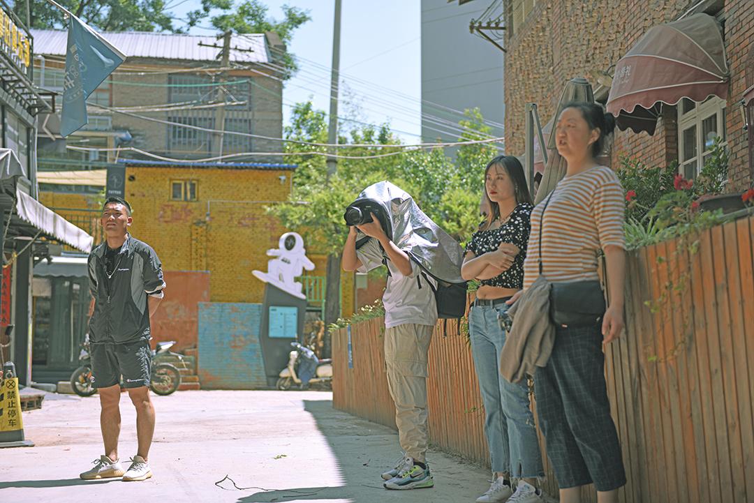 2021年4月20号摄影班学员室外拍摄花絮 专业知识 摄影培训 外拍活动  第6张